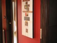 Ajtonyi Rita lakberendező belsőépítész referencia fotói | Vörös és fekete - Modern közlekedő