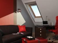 Ajtonyi Rita lakberendező belsőépítész referencia fotói | Vörös és fekete - Modern tetőtér