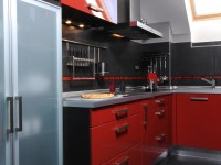 Ajtonyi Rita lakberendező belsőépítész referencia fotói | Vörös és fekete - Modern konyha