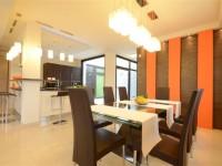 Ajtonyi Rita lakberendező belsőépítész referencia fotói | Olasz bútorokkal - Modern étkező