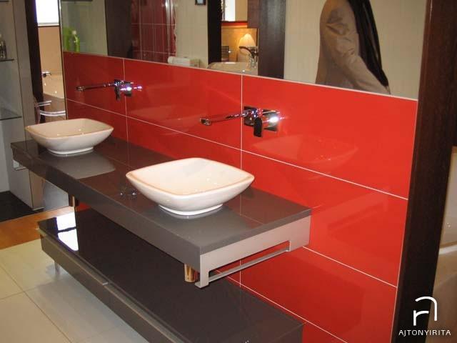 Loop mosdó – Shape falra szerelt mosdótartóval és szekrénnyel