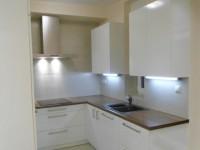 Ajtonyi Rita lakberendező belsőépítész referencia fotói | Marina parti lakás - Modern konyhabútor