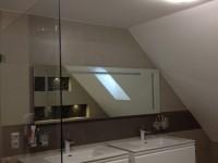 modern fürdőszobabútor  ledes tükörrel